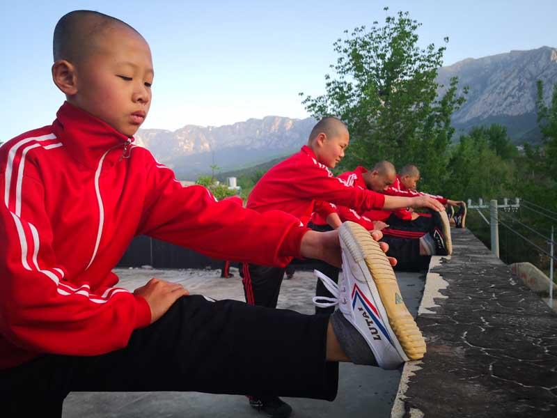 étirements kung fu